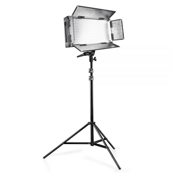 Walimex pro LED 500 Fl?chenleuchte + WT-806 Stativ