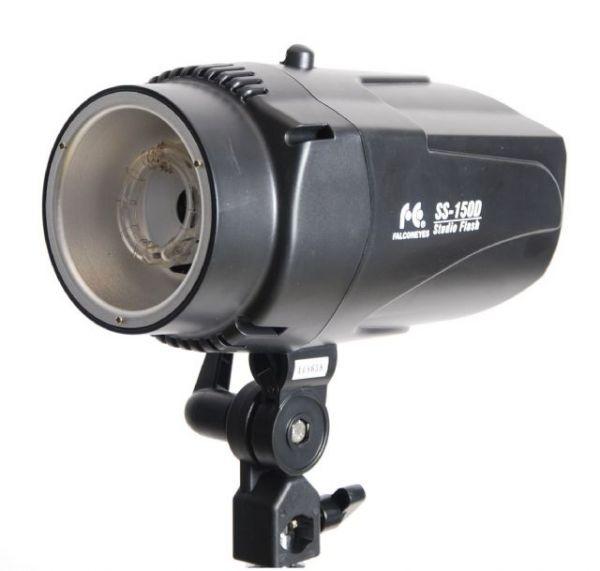 Falcon Eyes Studioblitz SS-150D